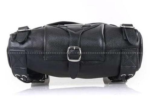 旅行、出張などにも使えるクロムハーツ、Chrome heartsの鍵開閉式のメンズショルダーバッグ.