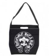 クロムハーツ バッグ メンズ メールBSフレアバッグ 圧倒的な新作のセメタリークロスパッチ鞄 ブラック レザー Chrome Hearts 男性ショルダーバッグ.