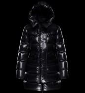 人気専門店 MONCLER モンクレール 2017秋冬 ダウンジャケット厳しい寒さに耐える