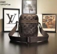 実用性抜群Louis Vuittonコピールイヴィトンミニビジネス用上質本革採用ショルダーバッグ