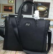 アルマーニ ARMANI上品な印象 ビジネスバッグ 高級感を演出