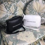 最安価格新品 バレンシアガ コピーBALENCIAGA ショルダーバッグスーパーコピー 黒白2色ユニセックス男女兼用 ミニバッグ 最大級N級品