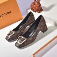 ルイヴィトン ブーツ レディース 大人カジュアル感が素敵 Louis Vuitton コピー 通販 ストリート コーデ 日常 品質保証 1A64FY
