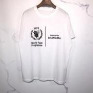 大好評の100%新品保証 BALENCIAGAバレンシアガ半袖tシャツコピーWFP Tシャツ ミディアム 素肌に直接着ても心地いい 大人っぽい質感