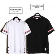 今年の大人気ファッション  トムブラウン THOM BROWNE  Tシャツ