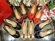 再入荷FERRAGAMO靴 レディース パンプス お洒落 高級品 ヴサルヴァトーレフェラガモ VARINA NERO 夏ファション