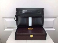 BALLYバリー バッグ コピー超激得品質保証メンズブラック上質なカーフレザーバリーストライプ クラッチバッグ