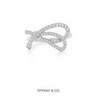 Tiffany & Co リング レディース 秋冬ライクなシンプルスタイルに最適 ティファニー コピー 日常 シルバー 着こなし お買い得