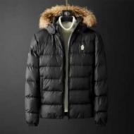メンズ ダウンジャケット 2色可選 軽やかな気心地も嬉しい秋冬アウター モンクレール 寒い季節にも耐え得る機能性  MONCLER 魅力的な秋冬新作が登場